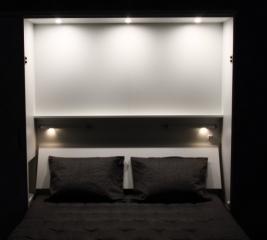 sängskåp stående 140